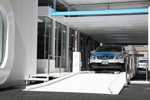 日本、EV(電気自動車)開発で勝っても、使い方で負ける?