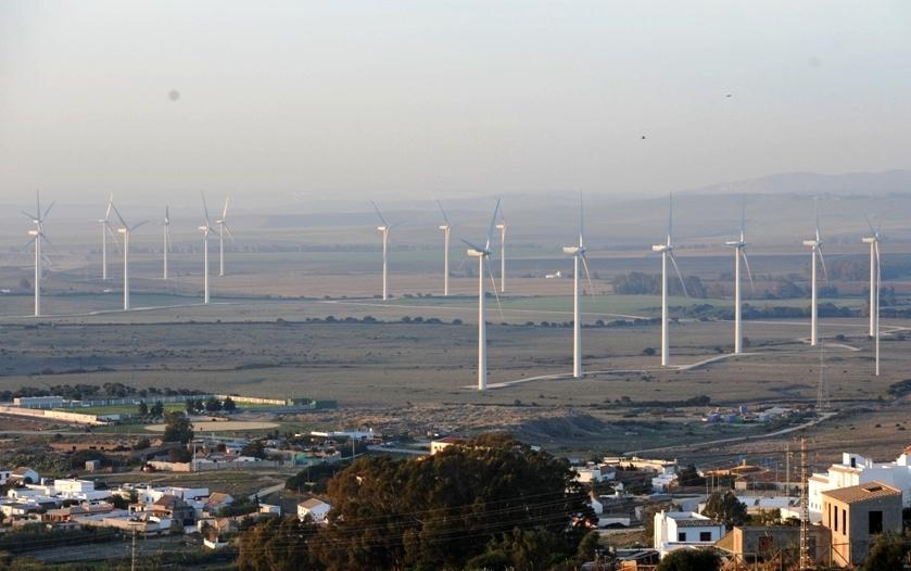 自然エネルギーの停滞は電力制度に問題がある