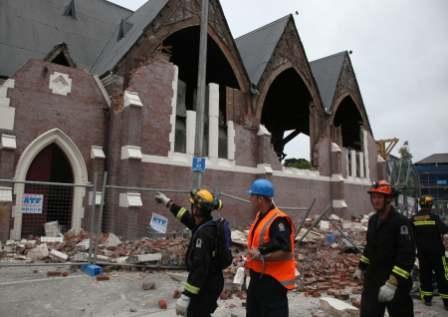 地の時間と人の時間――地震の島に地震を知らない人々が築いた町の悲劇