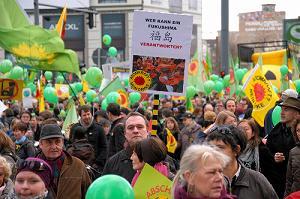 ドイツ、脱原発への道(中)――保守系の人々を含んだ反対運動