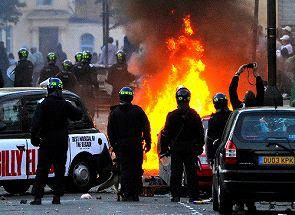 暴動は一過性のものではない