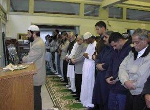 進むアメリカの「イスラム化」――満足度の高いムスリムたち