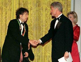ノーベル文学賞、ボブ・ディランにやっとけや!