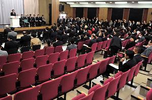 【野田流統治システムへの疑問(4)】 「政官関係」――2012年度予算案に見る「逆行」