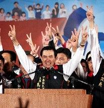 台湾総統選――「一つの中国」意識は弱まる