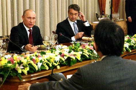 日露関係10年の空白を埋めたプーチン氏の会見