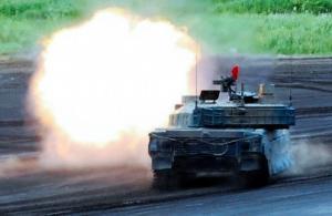 暑いニッポン、戦車にクーラーを付けなくていいのか?