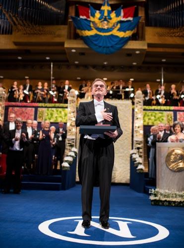 今年度ノーベル賞学者の爆弾発言の意義と矛盾