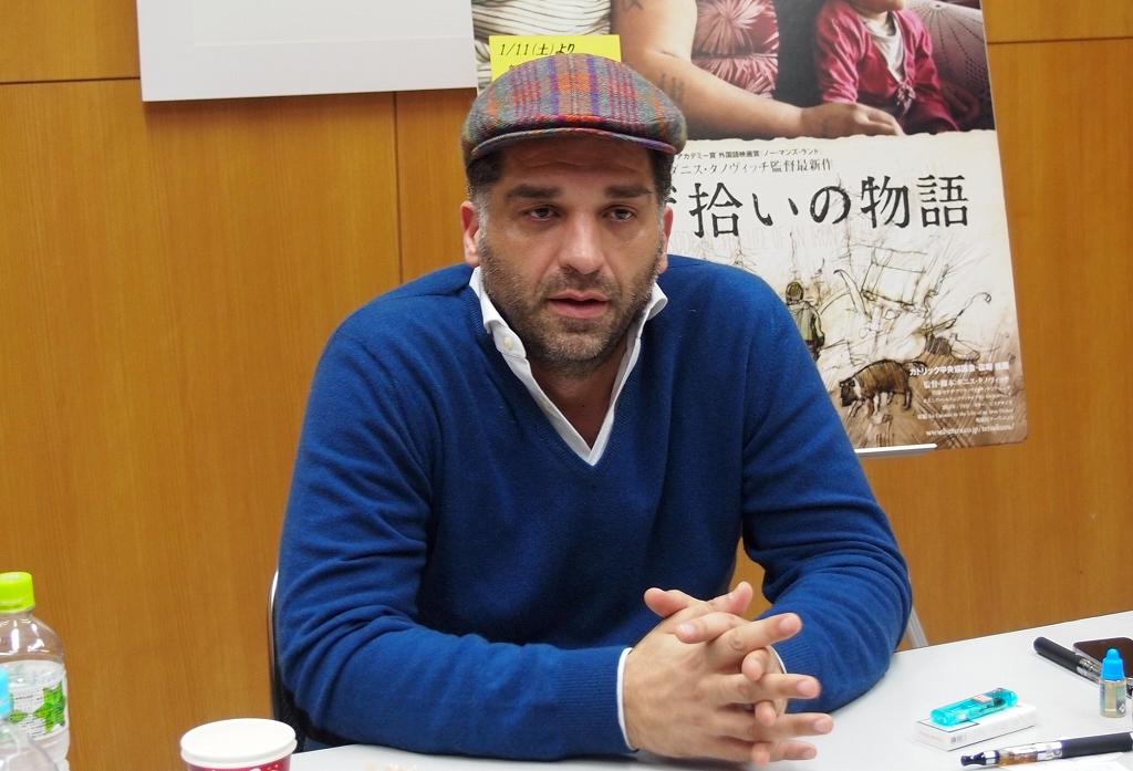 『鉄くず拾いの物語』のタノビッチ監督が憤激するクロアチア人の排外主義