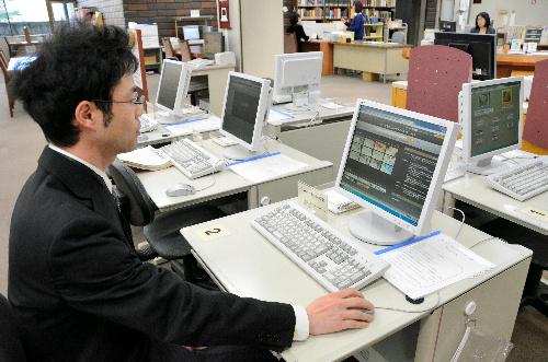 図書館資料のデジタル化は是か非か 出版ビジネスとの兼ね合いで議論に