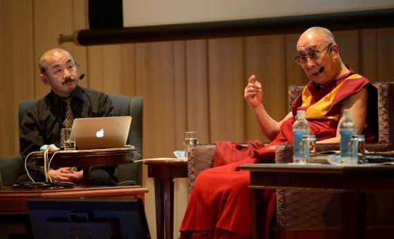 ダライ・ラマとの対話〜仏教科学と近代科学、そして聖性