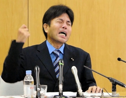 野々村さんのみっともない絶叫威圧泣きは、「商売泣き」ではなくて「純粋な泣き」ではないか