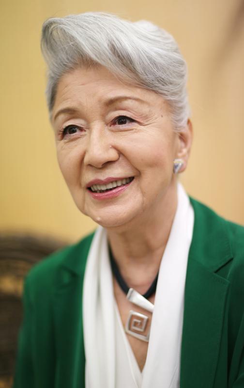 草笛光子80歳、白髪で開脚で、ブーム、ぜったい来てます。