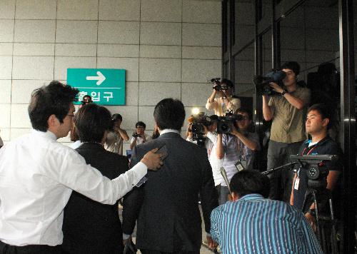 産経ソウル支局長に出国禁止・事情聴取、その狙いは?
