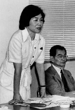 土井たか子さんと大江麻理子キャスターのはざまで(上)――ただひとりのロールモデル
