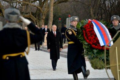 ハンガリー訪問とプーチン東方外交の虚実(下)