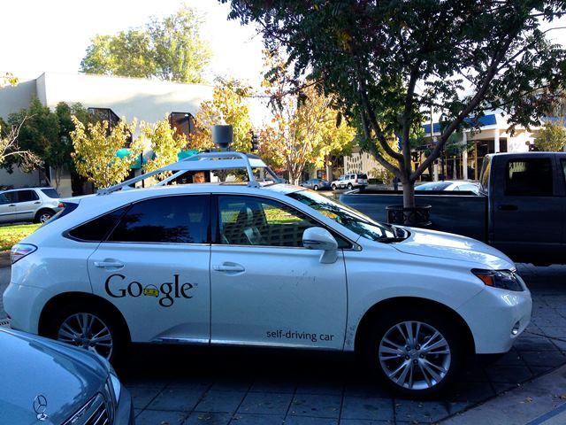 未来の自動運転は自動でやって来るわけではない