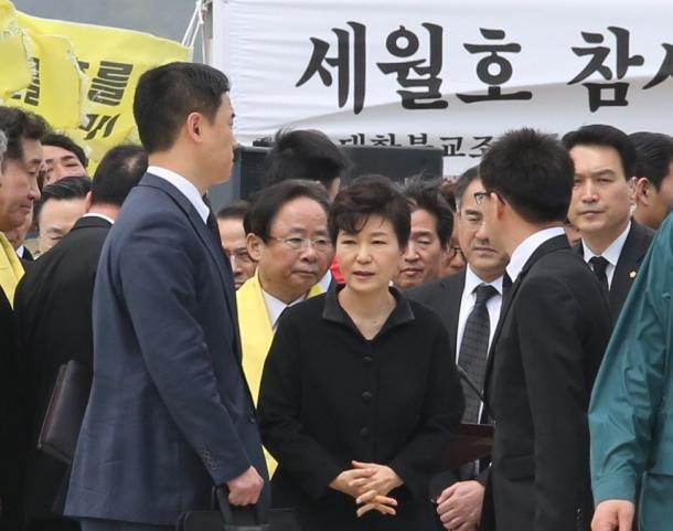 セウォル号事故から1年、韓国社会の苦悩(中)