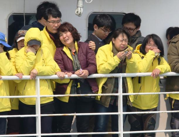 セウォル号事故から1年、韓国社会の苦悩(下)