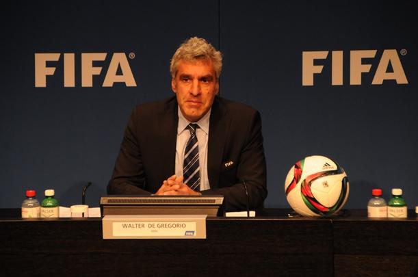 FIFAの不正問題に入った外圧の鋭いメス(上)