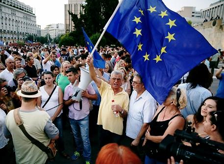 ユーロ圏離脱でギリシャは蘇り、EUは政治分裂?