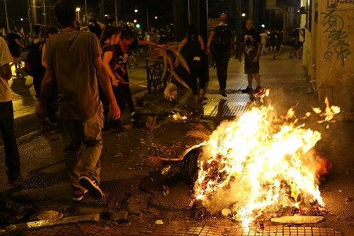ギリシャとEUの救済策合意は破綻する