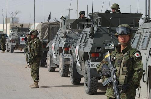 「軍隊らしくなさ」と死を意識する組織