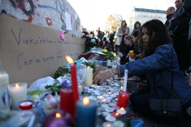 フランスの同時多発テロはどうしておこったのか