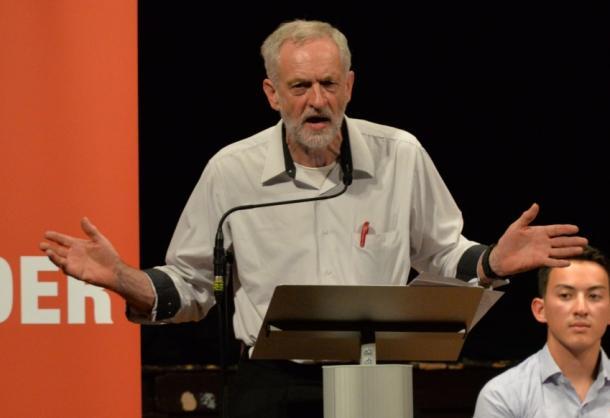 イギリス労働党コービン旋風が問う「格差」(上)