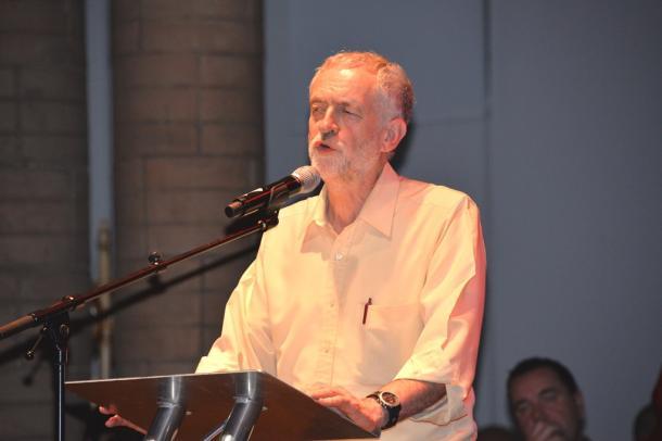 イギリス労働党コービン旋風が問う「格差」(中)