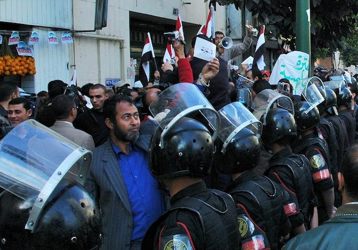 [23]エジプト「もう、たくさんだ運動」の衝撃