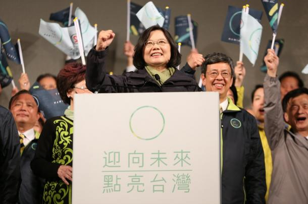 台湾総統選、民進党圧勝で新「建国運動」の時代に