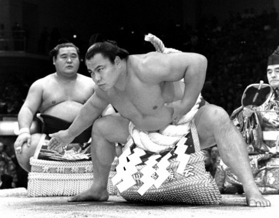 最も成功した新人類勝負師だった千代の富士(下)