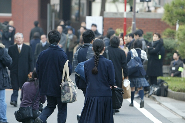 『学歴社会』から『塾歴社会』へ(中)
