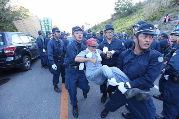 沖縄「土人」発言、ヤマトは「平成の人類館」だ