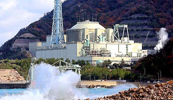 無謀と矛盾に満ちた高速炉開発