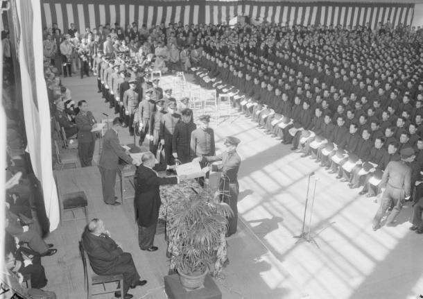 安倍首相の防衛大卒業式訓示と軍人勅諭の理念