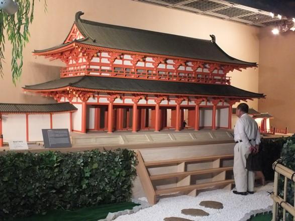 スマホで再現!「蘇る西寺・羅城門」体験