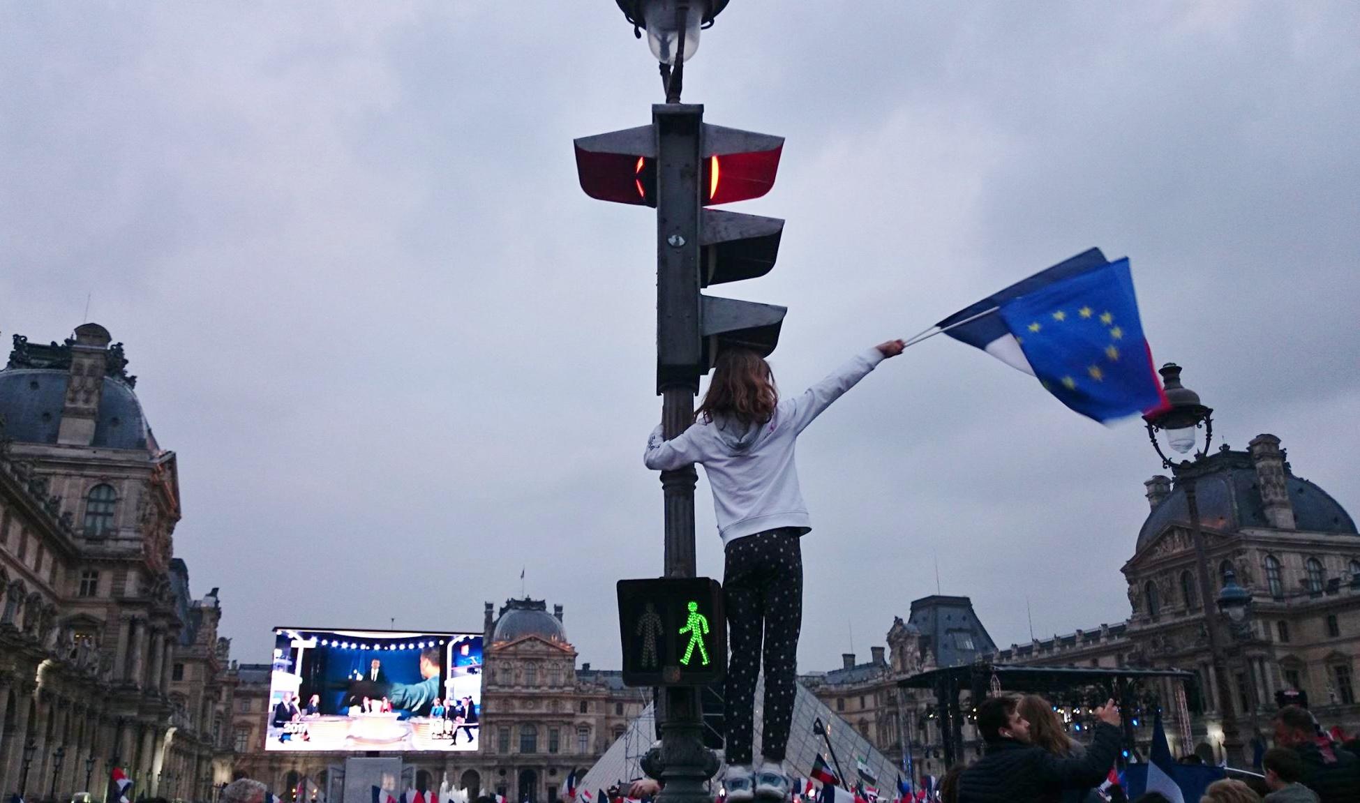 フランス大統領選が示した民主政治の変貌(上)