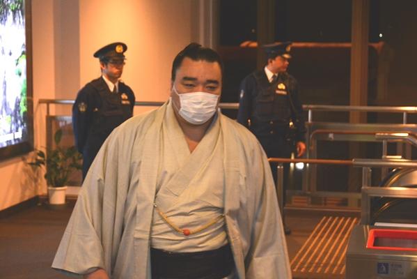 日馬富士の足跡を日本人は感謝して受け取るべし