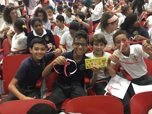 ドミニカ共和国で数学の面白さを伝えてきた