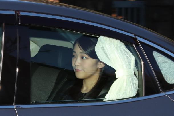 眞子さま・小室さんと小泉今日子さんの文書を読む