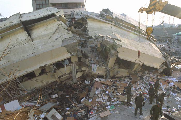 [9]過去百年に起きた3大震災から学ぶこと