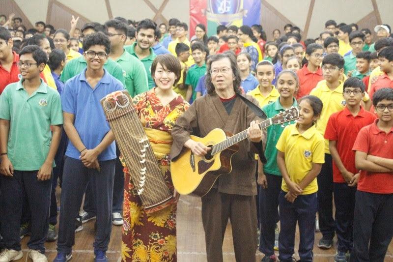 インドで熱烈歓迎された日本の音楽ユニット