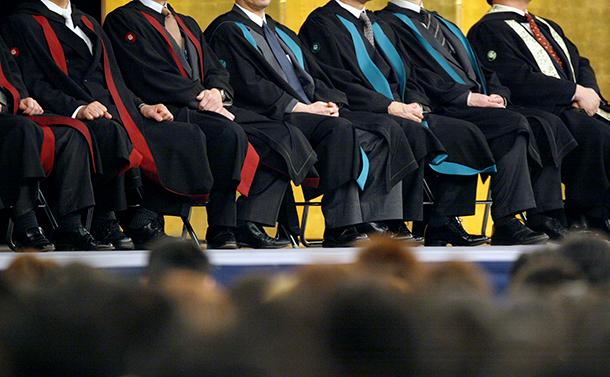 なぜ日本の大学は自主・自律に欠けるのか