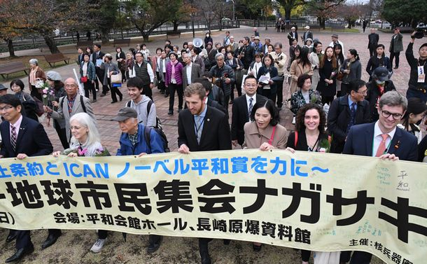 核軍縮の「橋渡し役」日本のジレンマ