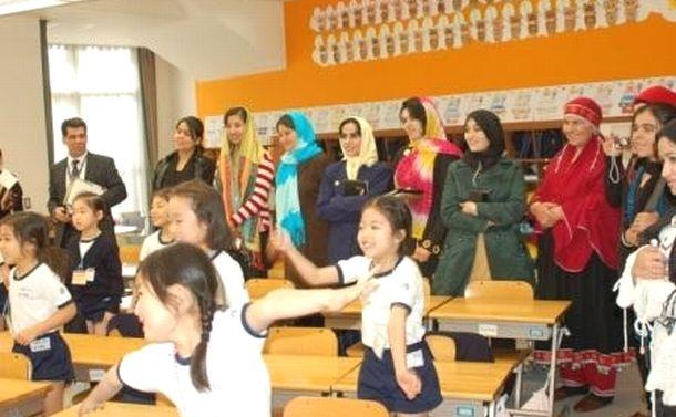 アジア留学生獲得、日本は中国に「自由」で対抗を