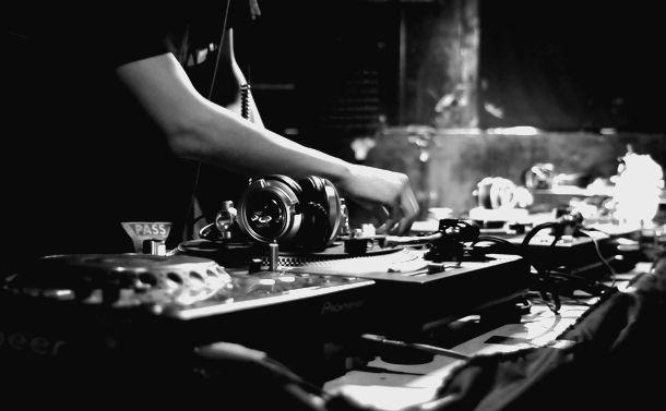 DJプレイを適法にする著作権の権利制限規定