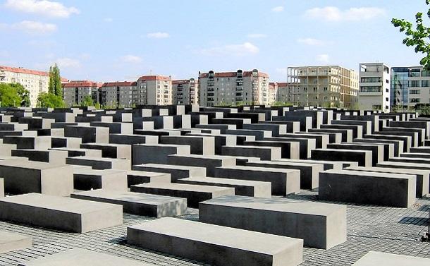 戦争加害の資料館・記念館建設と共同教科書作成を
