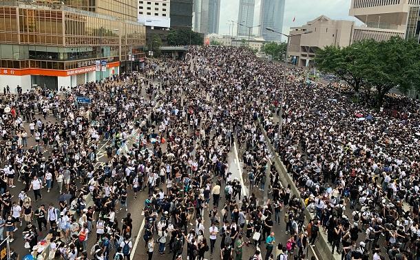 香港の若者たちは何を守ろうとしているのか